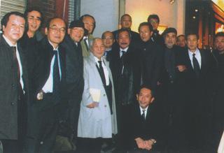 野分祭の後、西部邁先生(中央)を囲んで 野分祭の後、西部邁先生(中央)を囲んで さらに、『日本の